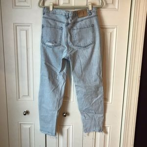Pull&Bear Jeans - Pull & Bear Distressed Mom Jeans 30